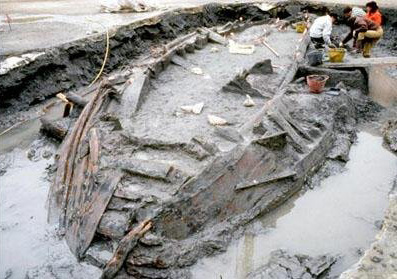 Boats excavated Pisa, 2007